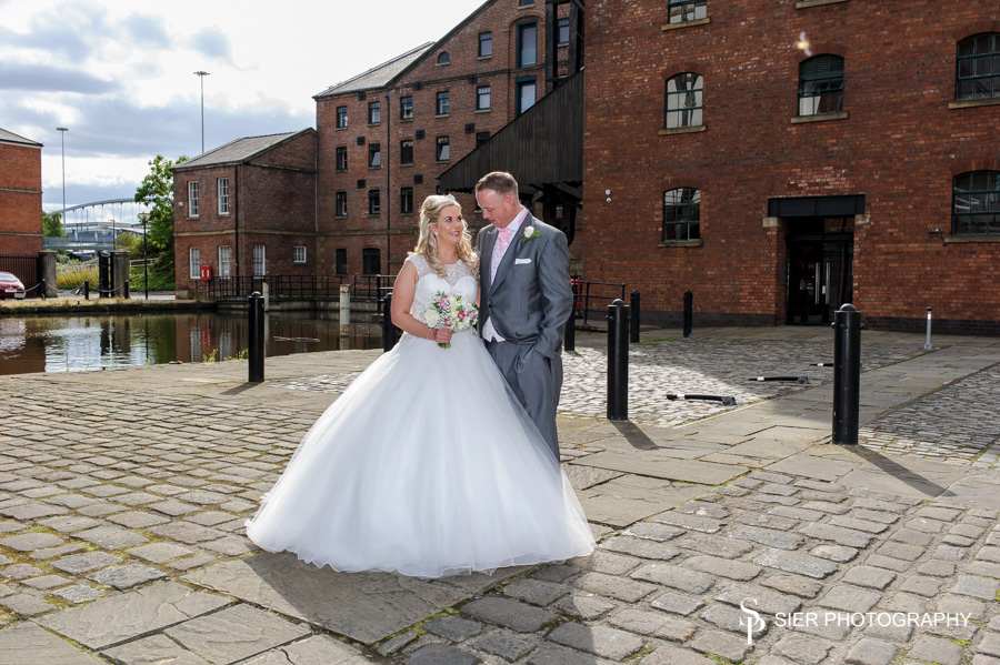 The Wedding of Nikki and Simon at the Hilton Hotel Sheffield